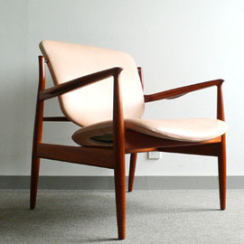 France & Son  - Finn Juhl  No.136 Easy Chair