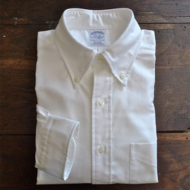 BROOKS BROTHERS - EXTRA SLIM FIT MADE IN USA