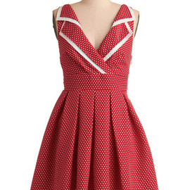 Mod Cloth - Esme and the Laneway Dress