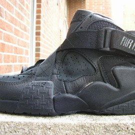 NIKE - Air Raid - Black/Black/Anthracite