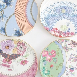 WEDGWOOD BUTTERFLY BLOOM - 前喜 嘉子さんのWEDGWOOD BUTTERFLY BLOOM Plate 4Set