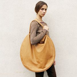 Jasmin Shokrian - Leather Compass Bag, Caramel