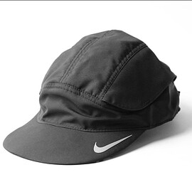 NIKE - DRY-FIT TAILWIND FAST CAP