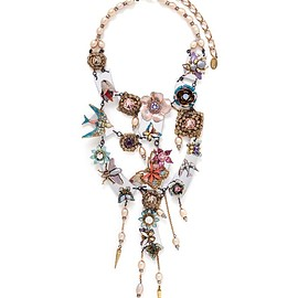ERICKSON BEAMON - 'Iron Butterfly' pearlescent appliqué faux pearl plunge necklace