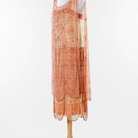 Tabard style 2 piece Evening dress, ca 1926 France, the Met Museum