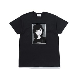 KIYONAGA&CO. - KYNE HEADPHONE GIRL TEE