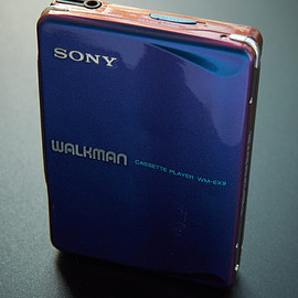 sony - sony-wm-ex9-metallic-colour-aka-chameleon