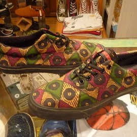 "converse - 「<used>90's converse SKIDGRIP OX african print""made in USA"" size:US6(24cm) 8800yen」完売"