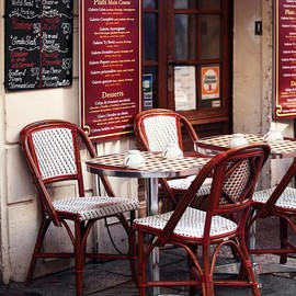 Paris - Paris Cafe. Watch it begin again....