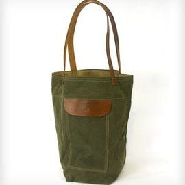 RED CLOUDS COLLECTIVE - Over the Shoulder Waxed Canvas & Leather Tote Bag