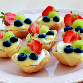 Summer Mini Fruit Tarts
