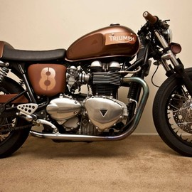 Spirit Lake Cycles Spirit Lake Cycles - 06 Triumph Thruxton cafe