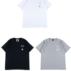"MEDICOM TOY - POCKET TEE ""LOGO"""