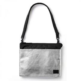 "HEAD PORTER - ""GLITTER"" iPad SHOULDER BAG SILVER"