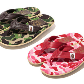 A BATHING APE - A Bathing Ape x Island Slipper