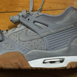 Nike - Air Trainer III - Grey/Gum