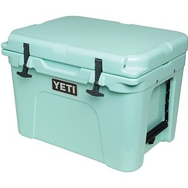 YETI - Tundra 35 Limited Edition Seafoam Cooler