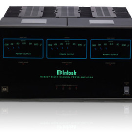 McIntosh - MC8207 7 channel amplifier