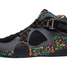 "NIKE - AIR RAID ""URBAN JUNGLE GYM"" ""LIMITED EDITION for NSW BEST"""