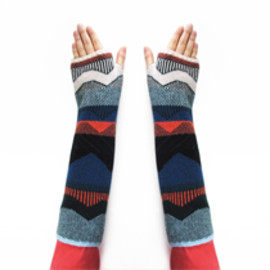 MOUNTAIN PEAK MITTENS