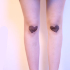 neonpegg - Heart Shaped Bruises Tights