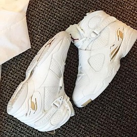 NIKE - DRAKE × NIKE AIR JORDAN 8 RETRO OVO 6IX YEARS