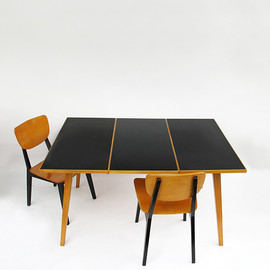 1950 Swiss dining table - 1950 Swiss dining table