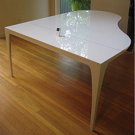 Lovegrove & Repucci - Concerto Table