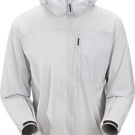 ARC'TERYX LEAF - Wraith Jacket Men's Extremely lightweight and compressible wind-resistant hooded jacket designed to fit over body armour or a softshell.