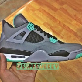 NIKE - NIKE AIR JORDAN IV DARK GREY/GREEN GLOW-CEMENT GREY-BLACK