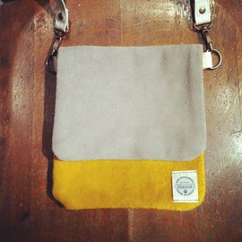 blueover - blueover : suede shoulder bag : mustard.