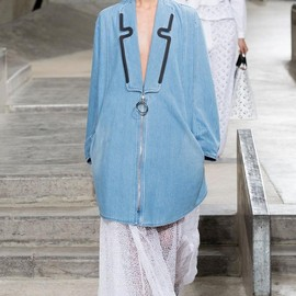 KENZO - Spring 2015 Ready-to-Wear Kenzo Model Taylor Hill (IMG)