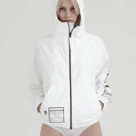 UEG - TYVEK FRAGILE ZIP-UP