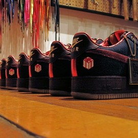 "NIKE SPORTS WEAR - Air Force 1  ""The Gift"""