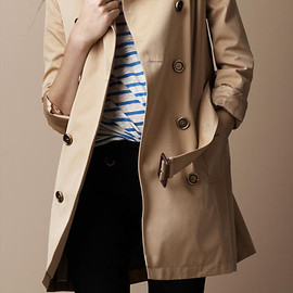 BURBERRY BRIT  - Classic Short Trench Coat