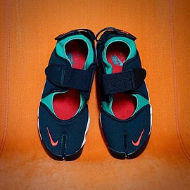 NIKE - Air Rift QS : original color