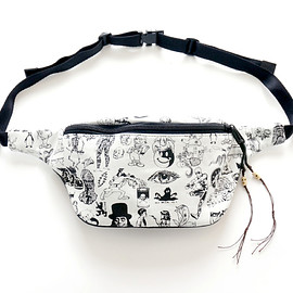 NADA. - Origainal silk print west bag / White