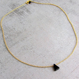 lunahoo - Gold triangle necklace with tiny black ebony gemstone, Simple Dainty Geometric Necklace