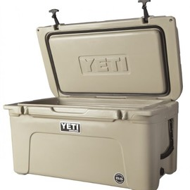 Yeti - Tundra Team Cooler- 65QT(Desert Tan)