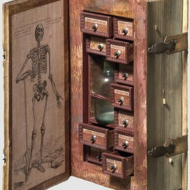 Secret poison case disguised as a book, 17th century