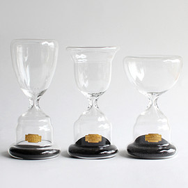 PUEBCO - TROPHY SHAPED SANDGLASS