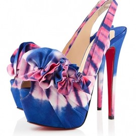 Christian Louboutin - HIGH BOUBOU