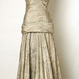 Balenciaga - Dress - 1937 - House of Balenciaga (French, founded 1937) -by Cristobal Balenciaga