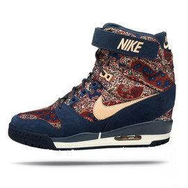 Nike - NIKE x liberty london fall collection 2013