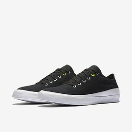 CONVERSE - Quantum Shield Canvas Low Top