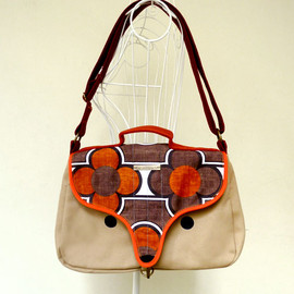 littleoddforest - The Fantastic Kitsune Satchel (Mungo African Blooms)