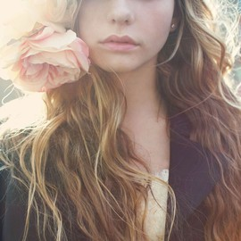 flowers and loose waves