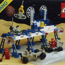 LEGO - 6930 Space Supply Station