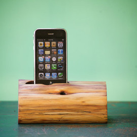 woodtec.  - iPhone Docking Station