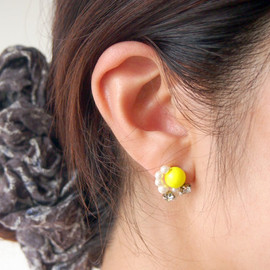 colon: - planet pierced earrings [A] yellow